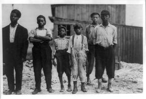 lewis-hine-six-black-workers-in-the-alexandria-va-glass-factory-1911-june-1364483192_org